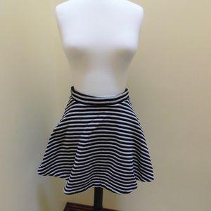 Gap striped skater skirt size Medium